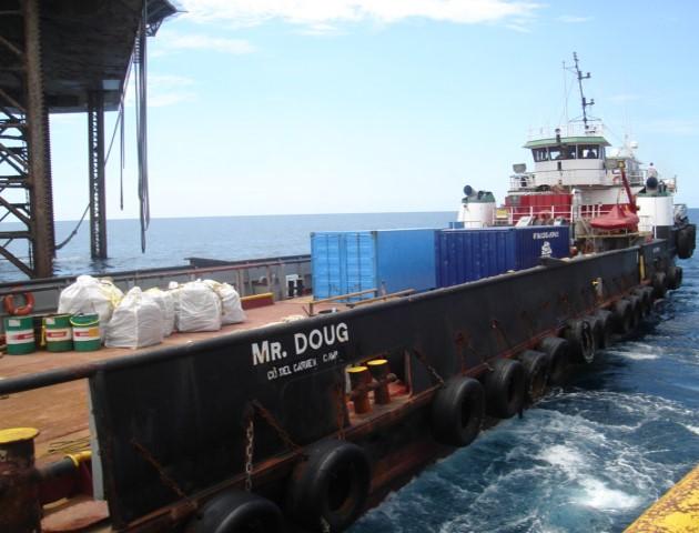 Barco-abastecedor